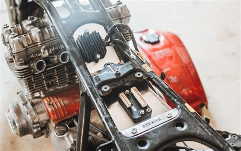 How to – Under Seat Electronics - Hookie Co