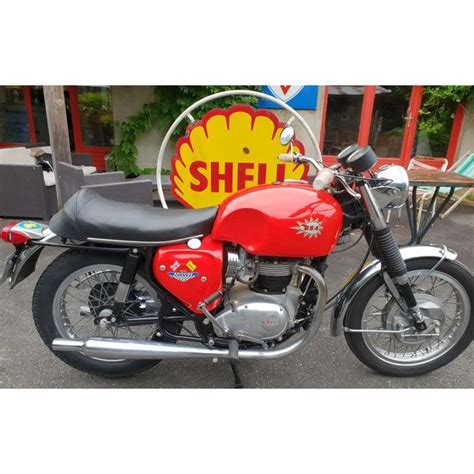 Les Occasions du Hound > BSA A 65 Spitfire : Hound Motorcycle