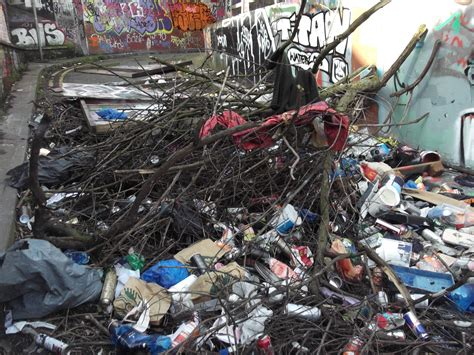 Rubbish Removal Services - Free Quotes | Safe Site Facilities