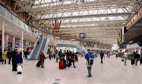Waterloo station turns trendy as Carluccio's, Corney and