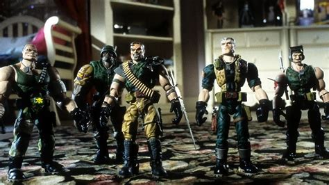 Small Soldiers (1998) directed by Joe Dante • Reviews