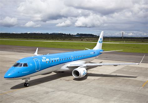 KLM modifies livery - Airport Spotting