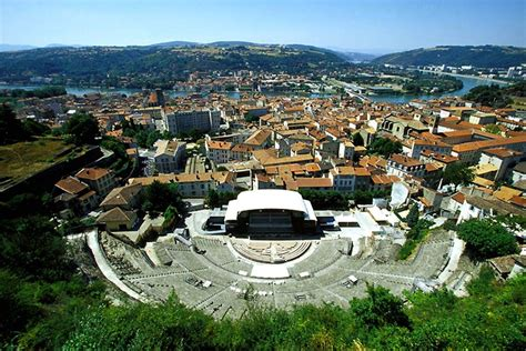 Travel to Vienne, France - Vienne Travel Guide - Easyvoyage